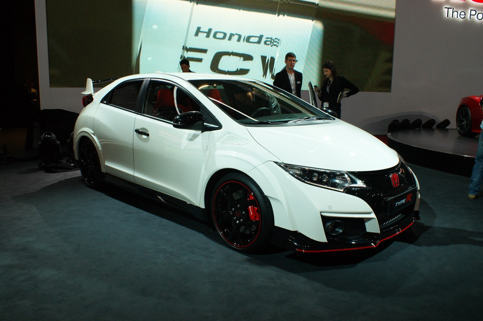 2016 honda civic type r leaves us with mixed feelings. Black Bedroom Furniture Sets. Home Design Ideas