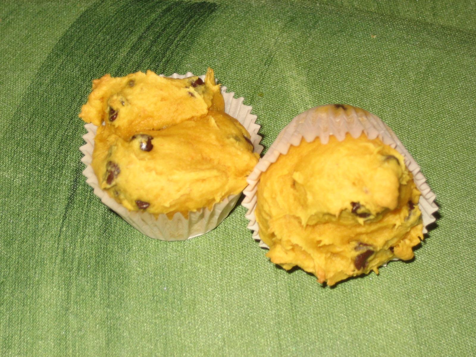 http://heckfridays.blogspot.com/2011/10/easy-pumpkin-muffins.html