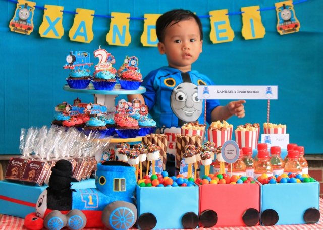 Kids Party Hub Thomas Train Themed Birthday Xandreis Jpg 640x456 2nd Theme