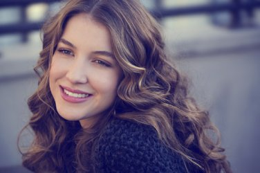 Nathalia Ramos Biography and Photos