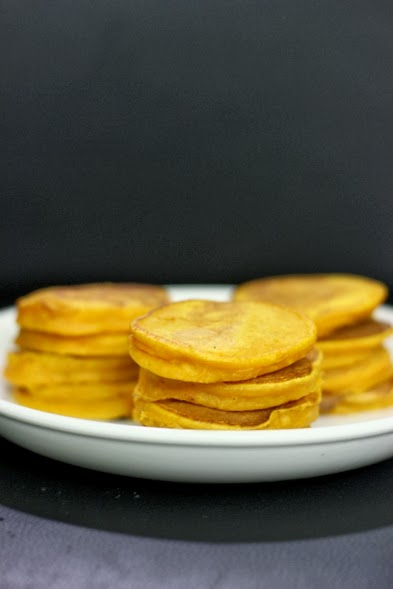 frozen wings: Silver Dollar Pumpkin Pancakes