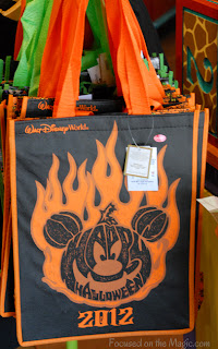 Disney Parks Halloween Merchandise Tote bag