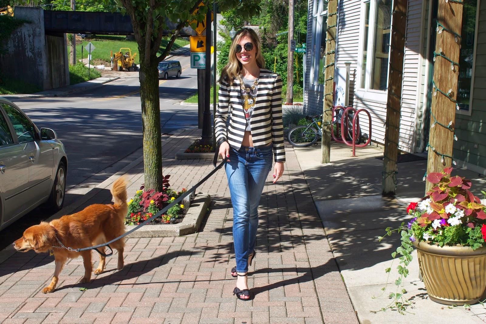 Project Soiree - Fashion - Crop Top - Blazer - Round Sunglasses