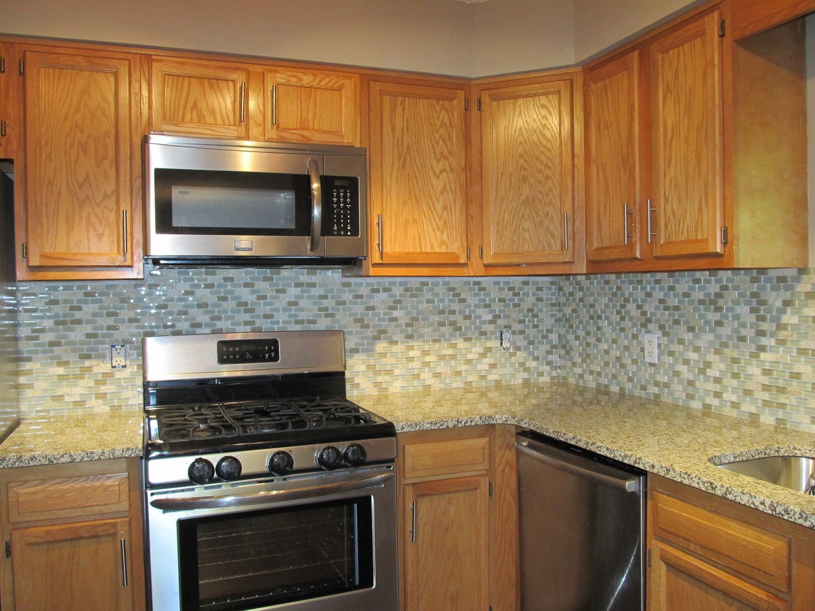 tile exciting white glass for here a granite and ideas color walls too go countertop kitchen countertops buy to size cherry cabinets what is busyj of backsplash black with full busy