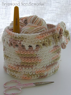 Easy to Make Yarn Crochet Projects | eHow.com