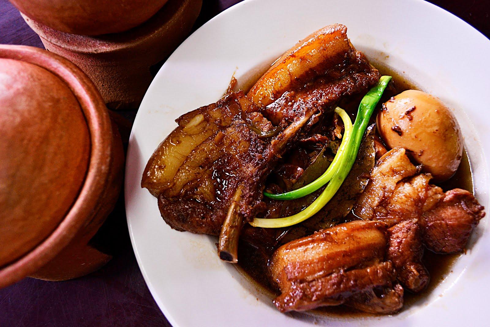 Frugal Gourmet: Filipino Style: Humba Recipe (Braised Pork ...