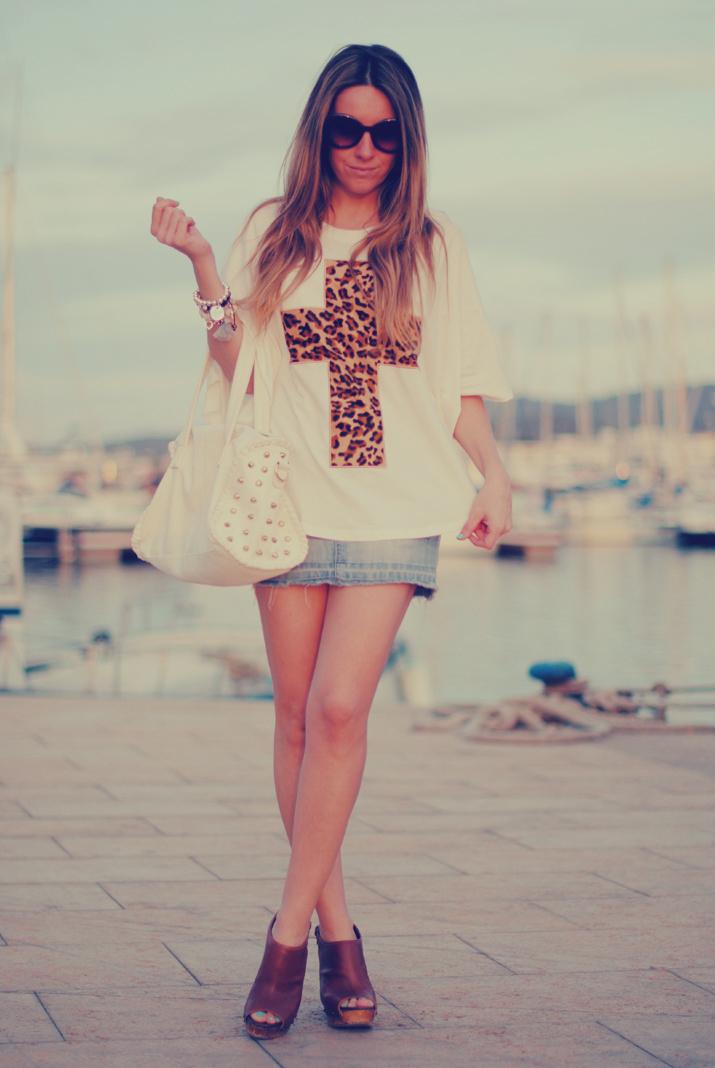 Blog de moda: outfit con camiseta cruz