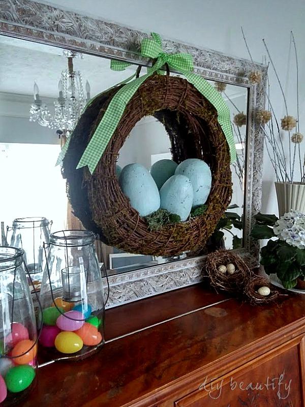 DIY Robins Eggs in Grapevine Wreath DIY beautify