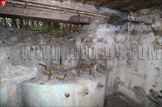Амбразуры крепости 'Twierdza'. Вид изнутри. Цифра 'восемь'