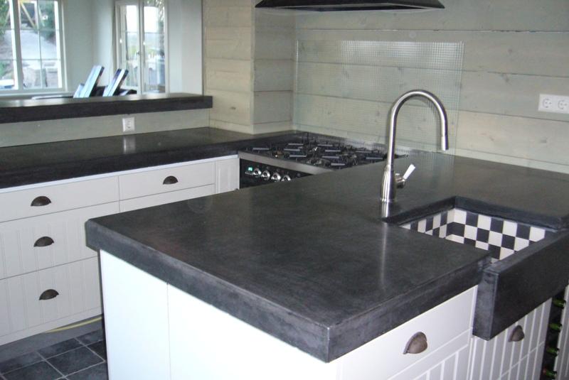 Keuken betonblad witte - Witte keuken met zwart werkblad ...