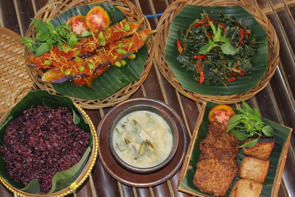 5 Tempat Wisata Kuliner di Solo yang Menarik