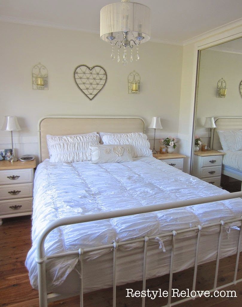 Tuesday 39 s farmhouse fancy wrought iron beds for Fancy farmhouse