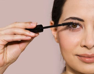 Cara Memakai Eyeliner Yang Baik Tips Cara Make Up Wajah