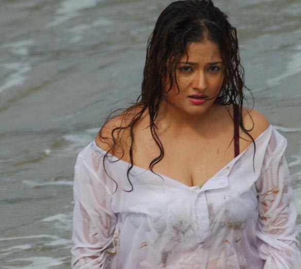 kiran nude Bathing Video