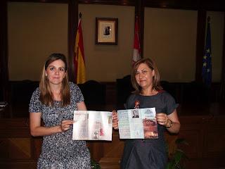 Las concejalas de Educación y Cultura, Inmaculada Martín y Purificación Pozo
