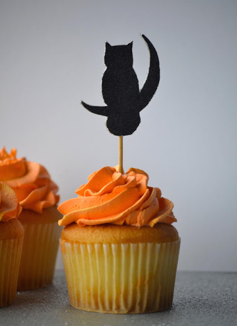 https://www.etsy.com/ca/listing/251738237/moon-owl-cupcake-cake-topper?ref=shop_home_active_16