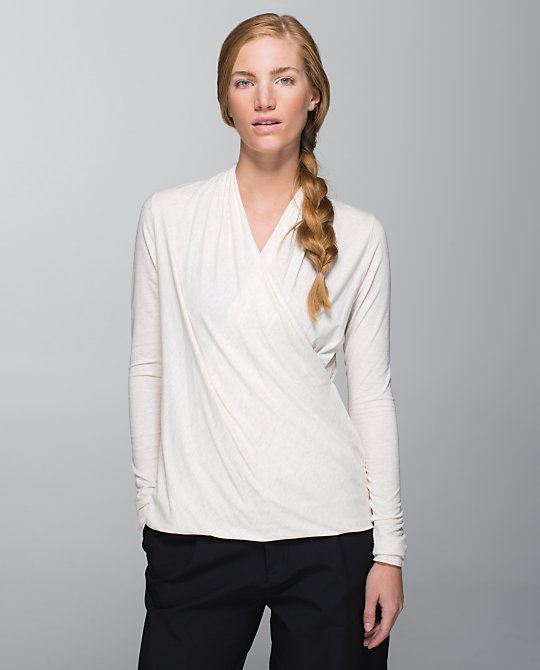 lululemon angle wing radiant ls top