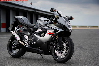 Only Wallpapers  Suzuki Gsxr 1000 Wallpapers