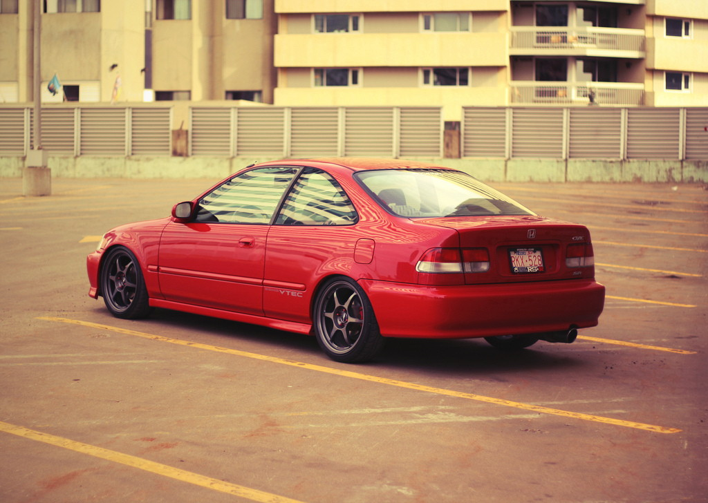 b0102_33_honda_civic_coupe_vi_6.jpg