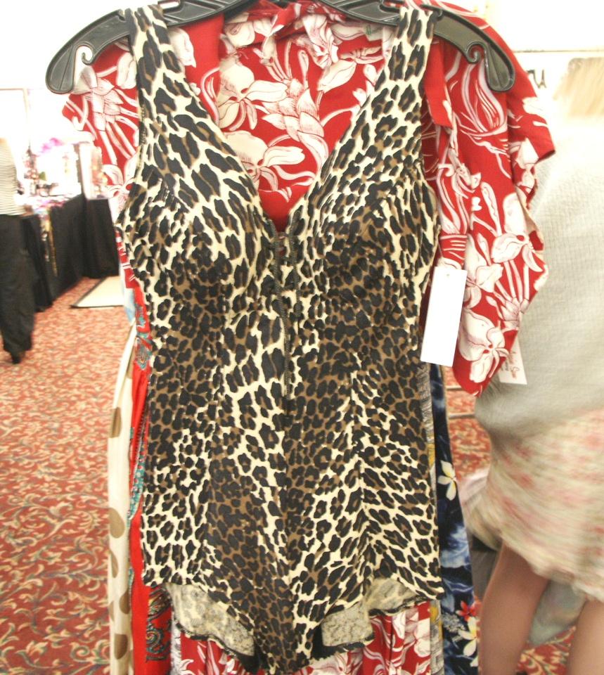 vintage advantage burbank vintage clothing textile show