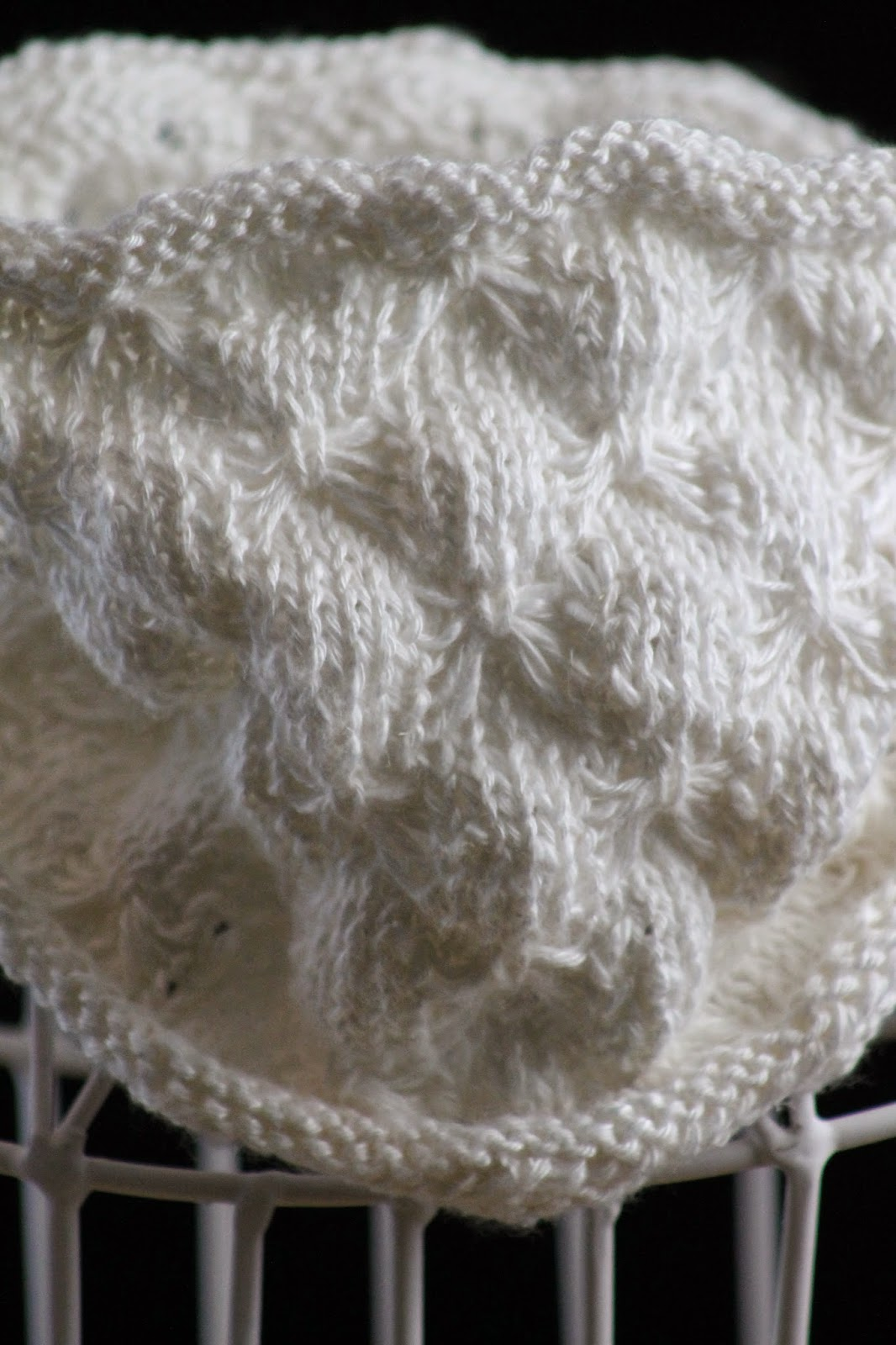 Balls to the Walls Knits: Butterfly Stitch Cowl