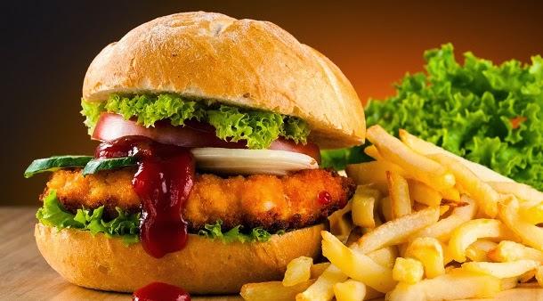 Dieta ocidental reduz desempenho cognitivo em adolescentes