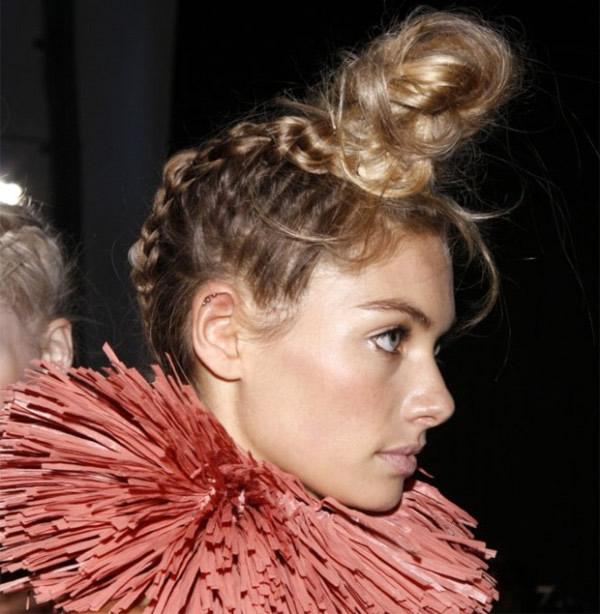 peinados recogidos con trenzas para fiestas estilo