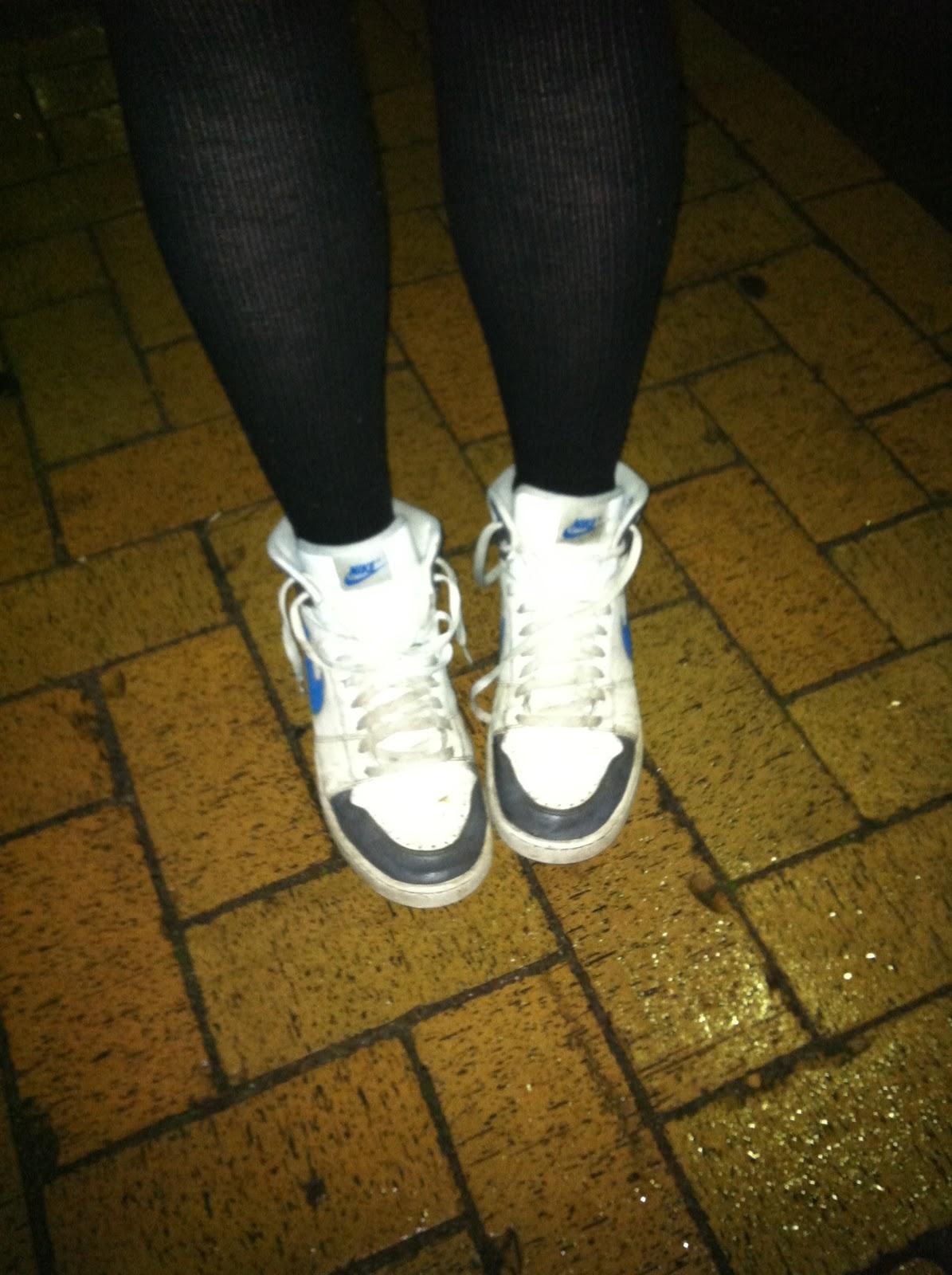 fødder med stiletter