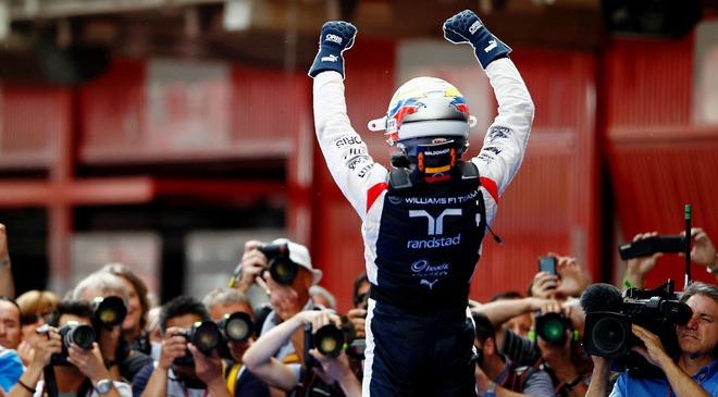 Pastor Maldonado, Piloto de Formula 1 em 2012 - flappypaddle-heads.blogspot.com