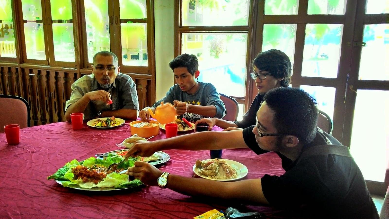 Pasir Salak Eco Resort, Haji Ibrahim Seddiqi Talib