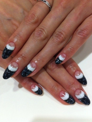 Chic-and-Easy-Fall-2012-Nail-Art-Designs-12