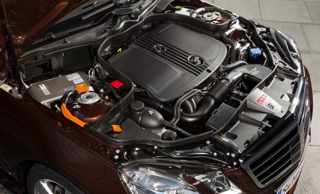 E300 hybrid engine compartment
