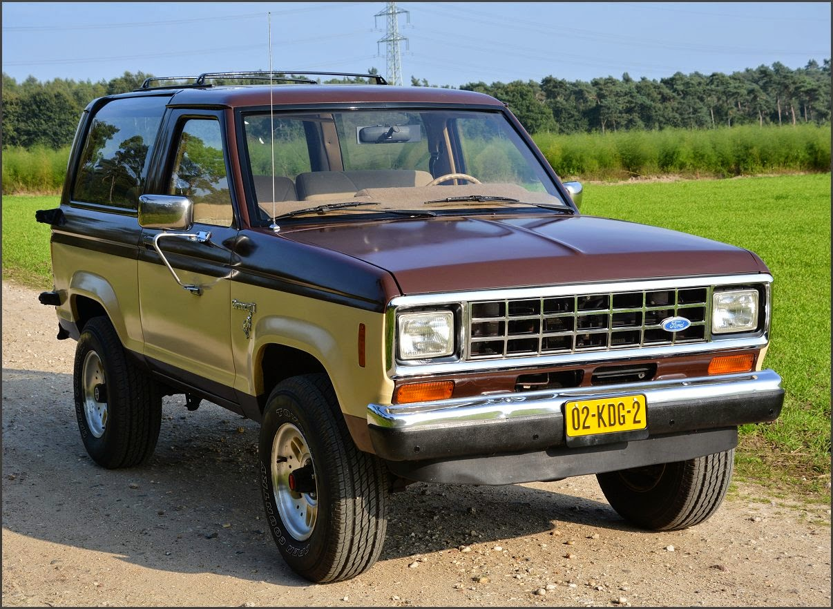 Ford Bronco II 2.8 V6 4X4 1984 | STUURMAN CLASSIC and SPECIAL CARS