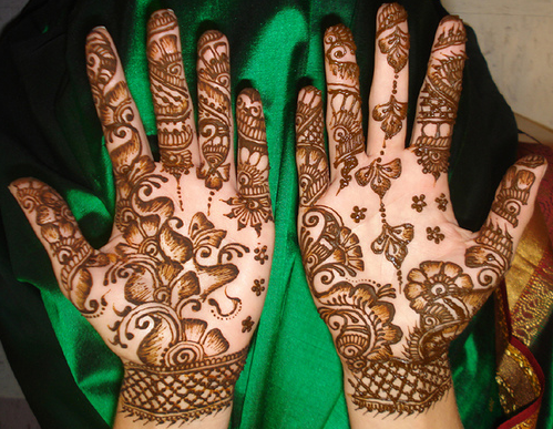 Latest Fancy Hand Mehndi Designs Wallpapers Free Download