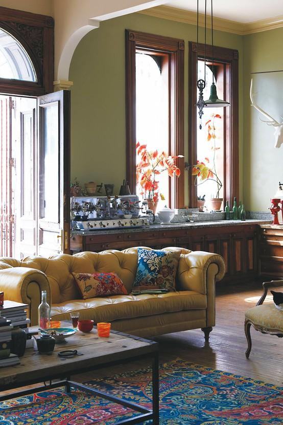 refresheddesigns living happily with wood trim. Black Bedroom Furniture Sets. Home Design Ideas
