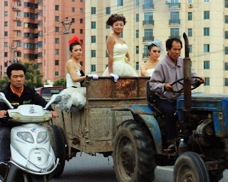 funny picture: Chinese wedding