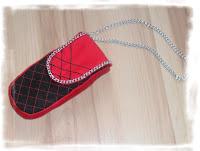http://vaylebyme.blogspot.com/2013/09/handmade-etui-na-telefon.html