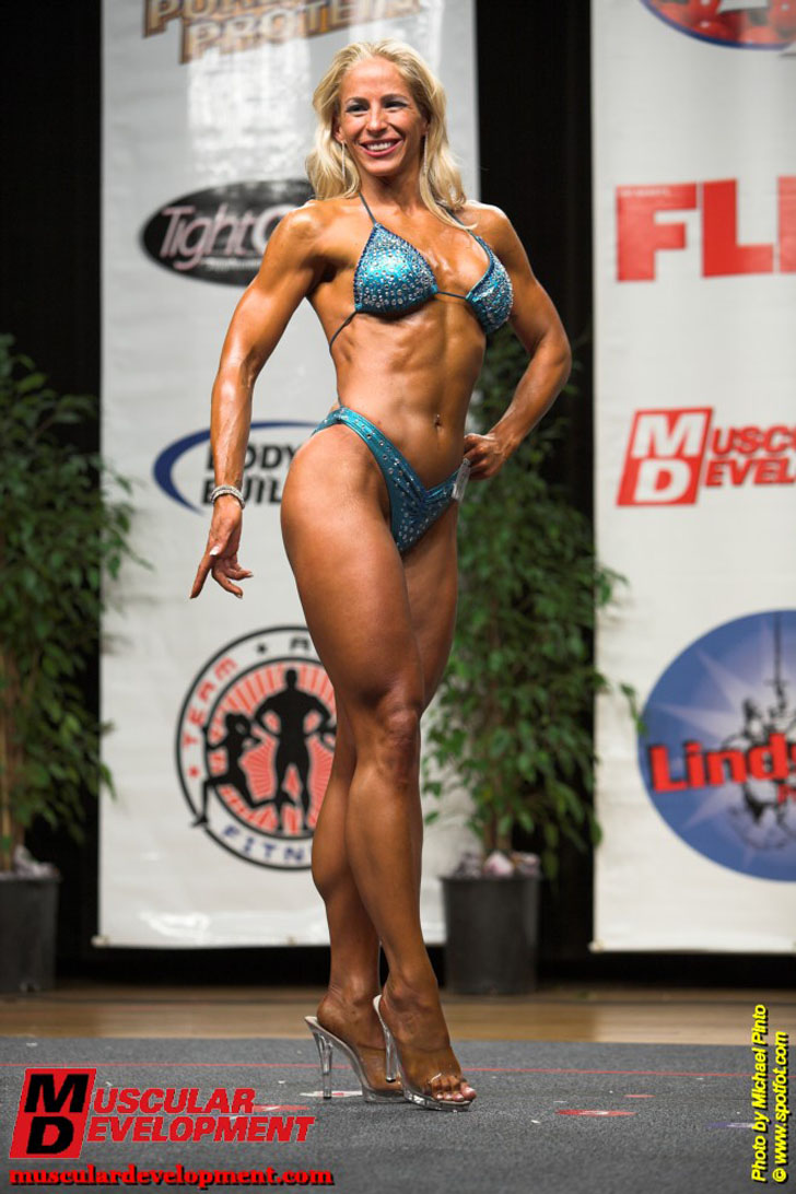 Jill Rudison Poses Her Fit Body At The 2009 Excalibur Championships