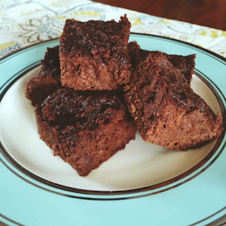 Best ever banana brownies are gluten free and delicious. The perfect guilt free dessert to cure your chocolate cravings! www.HappyHealthySmart.blogspot.com
