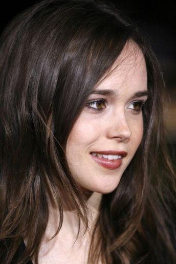 ellen page bra size 30 a ellen page measurements 30 23 33 ellen page ... Ellen Page