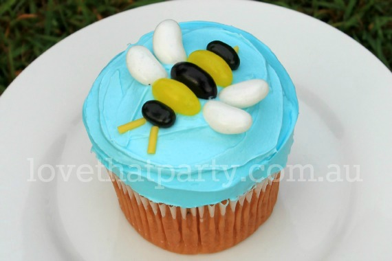 Bee Party Easy Birthday Cake Simple Decorating