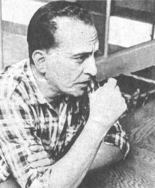 Hugo del Carril pensativo