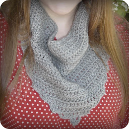 Audra Kerchief Cowl