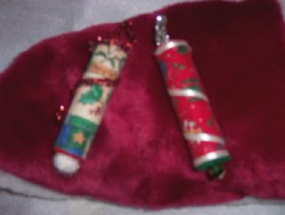 Holiday spindle ornaments 1