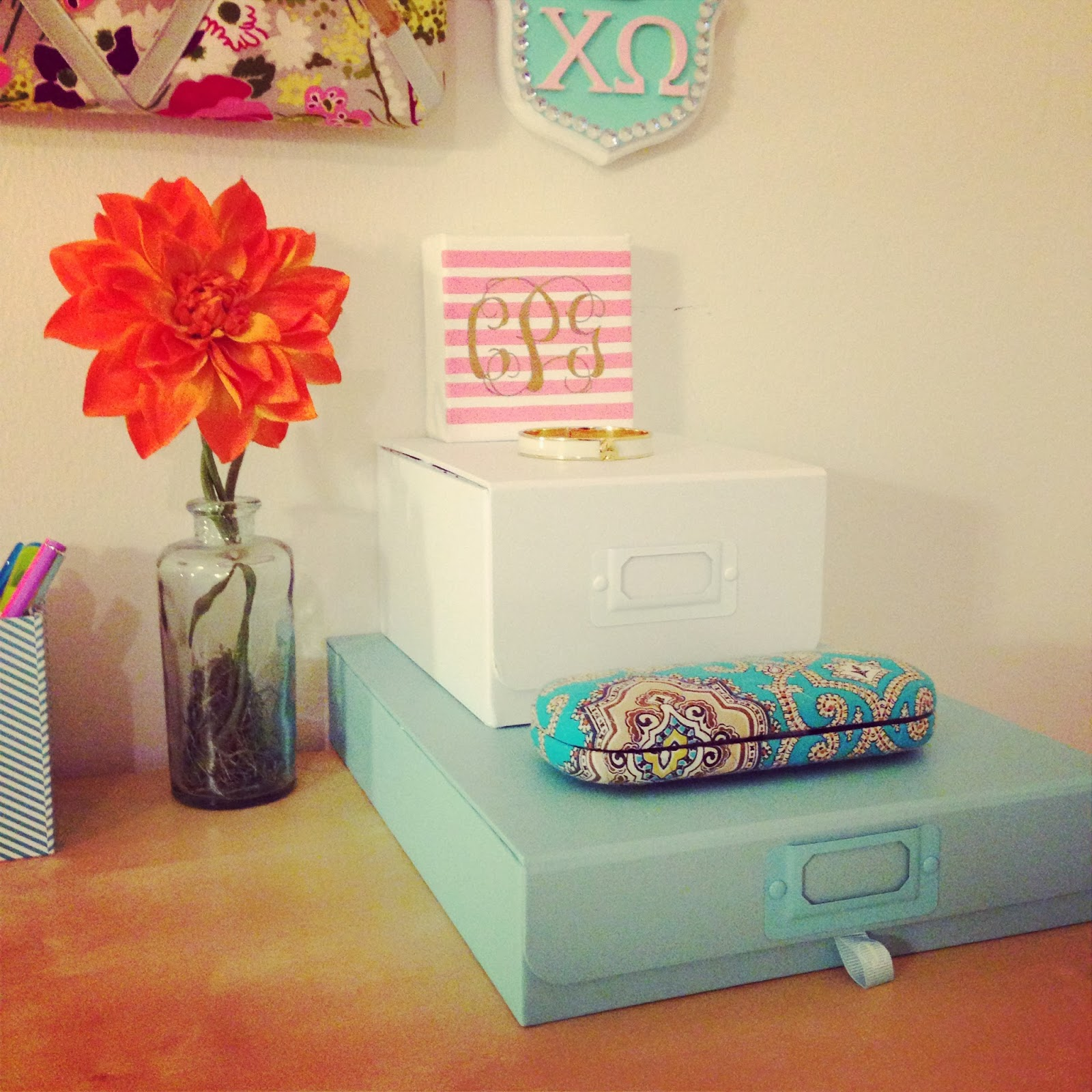 Cotton 39 s pickins - Girly office desk accessories ...