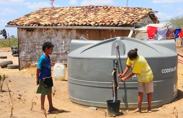 Blog do var o sustentabilidade codevasf beneficia mais for Cisternas de agua a domicilio