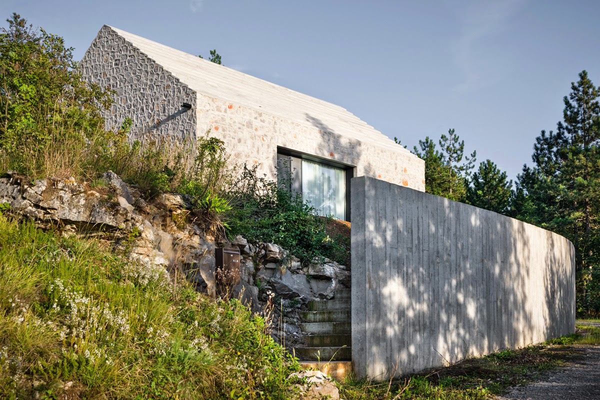 Layering Materials And History, The House In The Karst Region Of Northern  Slovenia Demonstrates Dekleva And Gregoricu0027s Ingenuity With Re Interpreting  ...