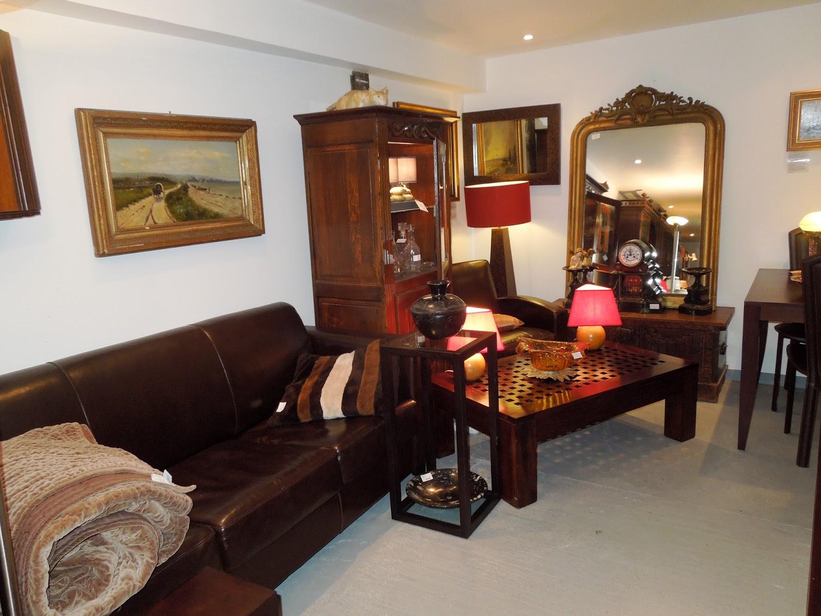 d p t vente honfleur le grenier de honfleur tour d 39 horizon des nouveaut s. Black Bedroom Furniture Sets. Home Design Ideas