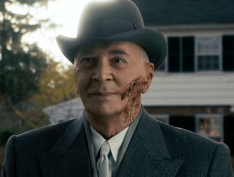 Arlington James Steward (Frank Langella) en The Box - Cine de Escritor