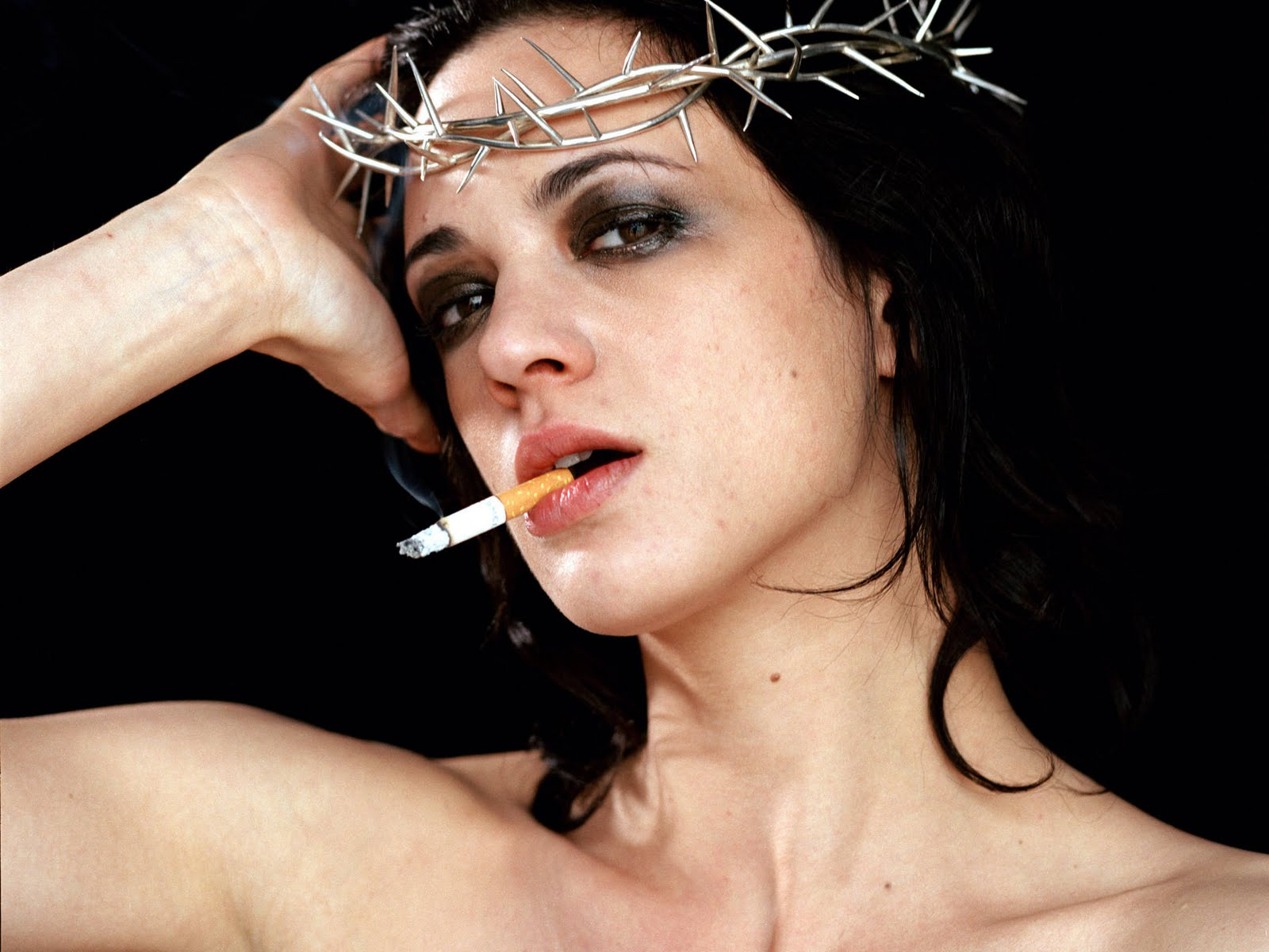 Asia Argento Hot Pictures, Photo Gallery & Wallpapers Ashlee Simpson Instagram